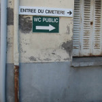 sans titre (entrée du cimetière, WC public)